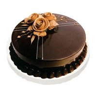 Cake to Kanpur comprising Chocolate Truffle Cake to Kanpur