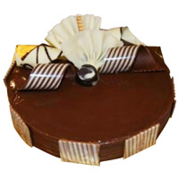 Cake Delivery in India - Chocolate Truffle Cake From 5 Star