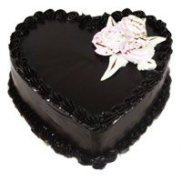 Send Eggless Cakes to India - Chocolate Truffle Heart Cake